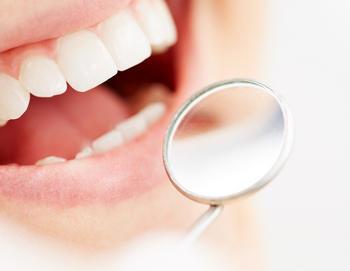 Лечение зубов в период кормления грудью