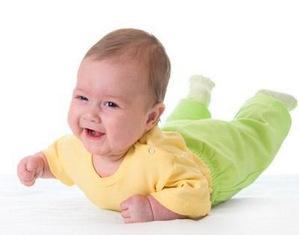 Сколько спит ребенок в 4 месяца?