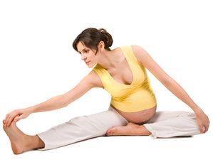 беременная делает зарядку