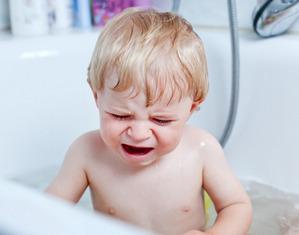 ребенок боится купаться