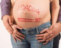 беременная с рисунком на животе