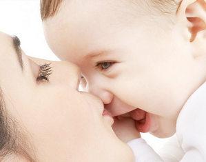 мама с ребенкоа