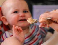 Ребенок не хочет есть с ложки