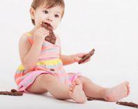 Девочка с шоколадом