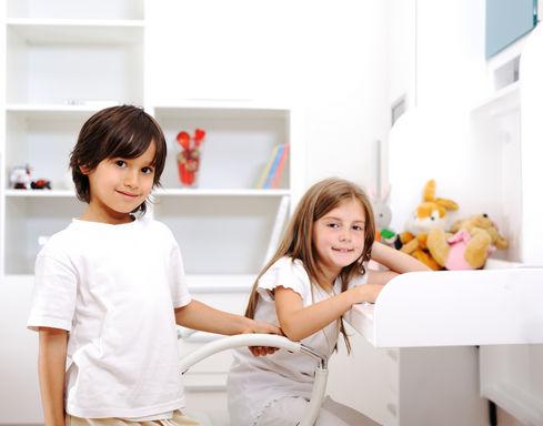 дети в детской