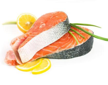 красная рыба с лимоном