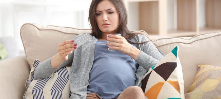 беременная собирается пить таблетки
