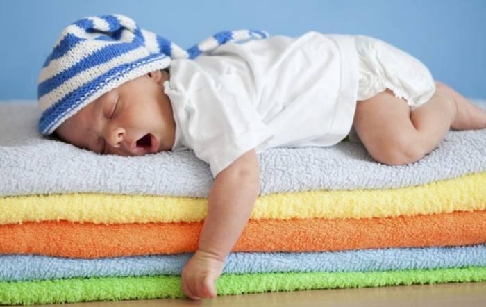 почему новорожденный плохо спит